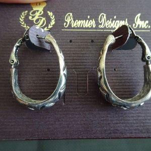 Premier Designs